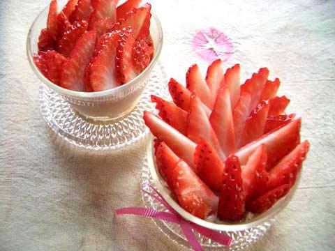 苺の濃厚パンナコッタ