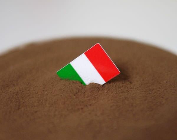 プラチノ ティラミス イタリア国旗