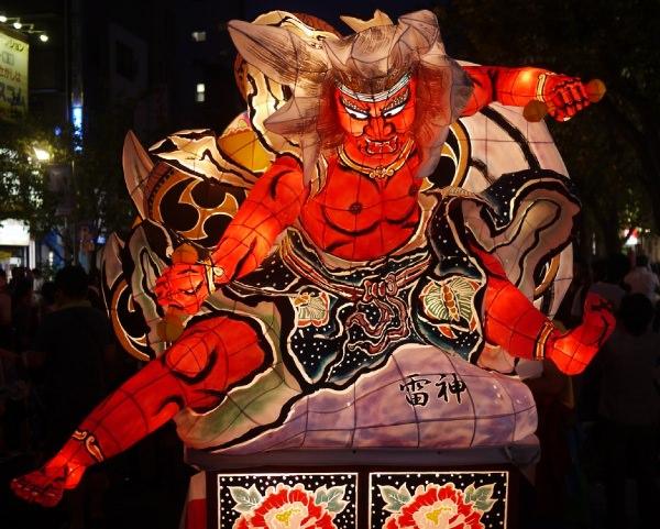 桜新町ねぶた祭り2013 山車雷神正面から
