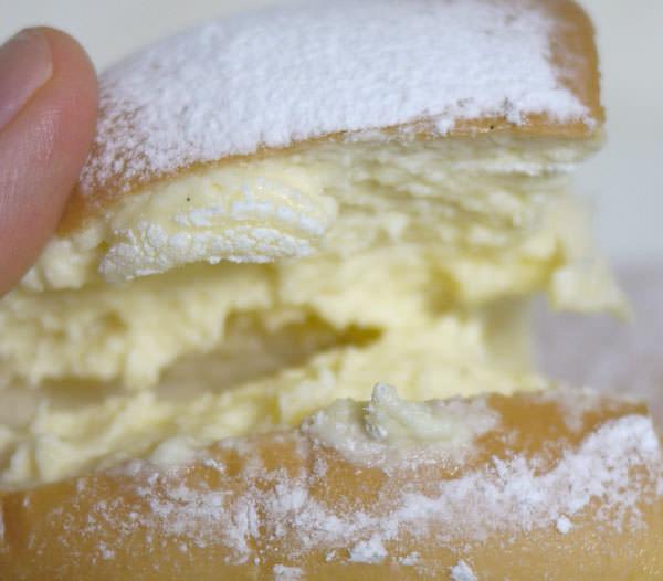 幻のクリームパン 中のクリーム