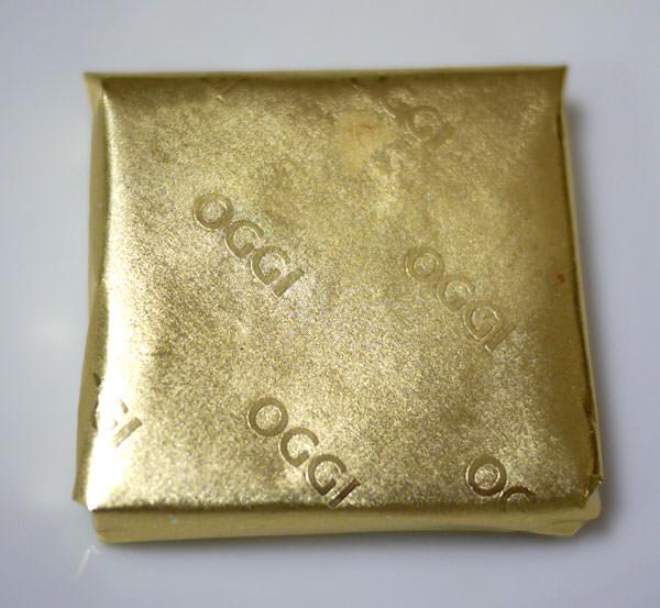 オッジ ショコラ トランシュ 金色の包み紙