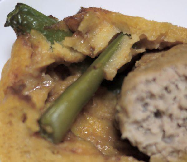 駒沢 おかずケーキカヴァン ハンバーグステーキ 中にはアスパラなどの野菜入り