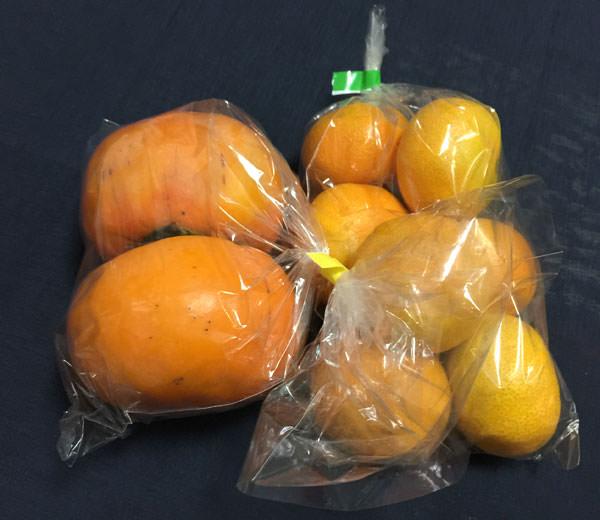 世田谷 楽市楽座 購入したみかんと柿