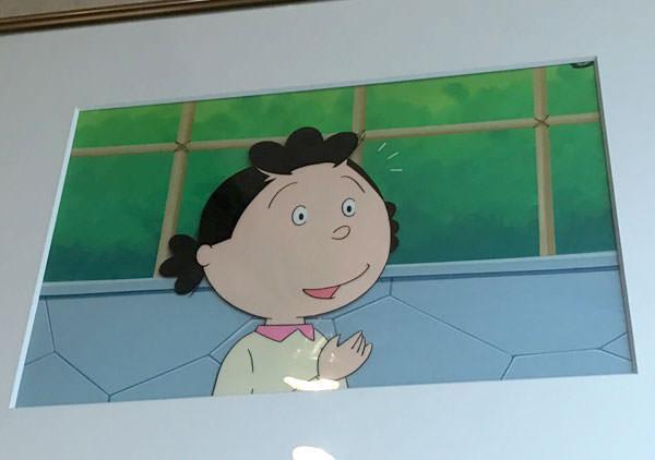 お店の壁にはサザエさんのセル画が展示されている
